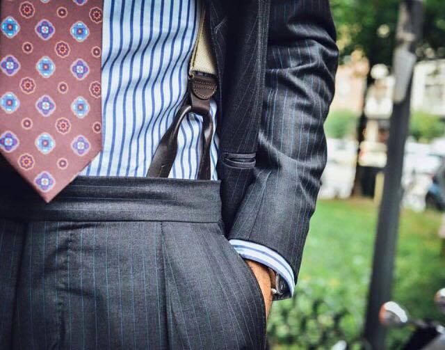 pantalon a pli