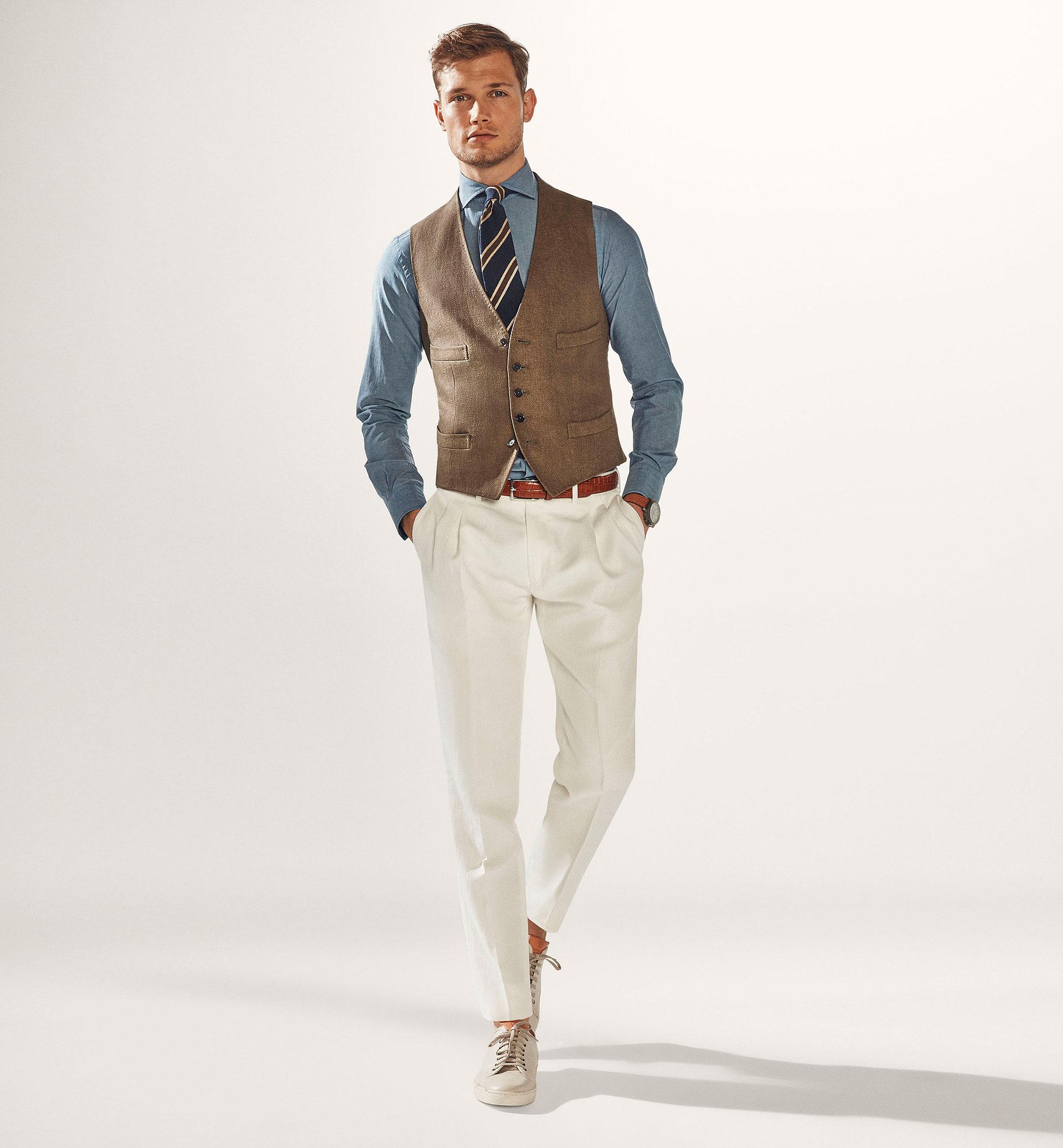 Le pantalon blanc à double plis en coton et lin de Massimo Dutti Personnal  Tailoring aacf9a21534